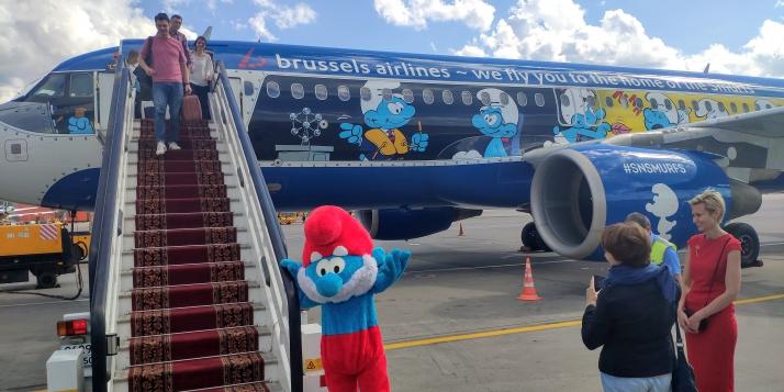 Arrivée d'Aérosmurf à Moscou