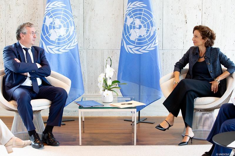 Rencontre entre le Ministre-Président et la Directrice générale de l'UNESCO Audrey Azoulay (© UNESCO - DGWB Paris)