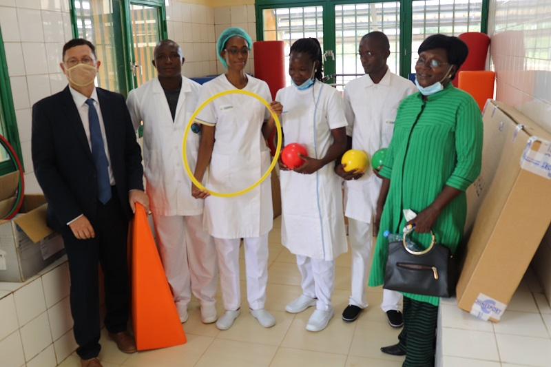 L'équipe kiné du CHR de Tenkodogo - Bénin (c) APEFE