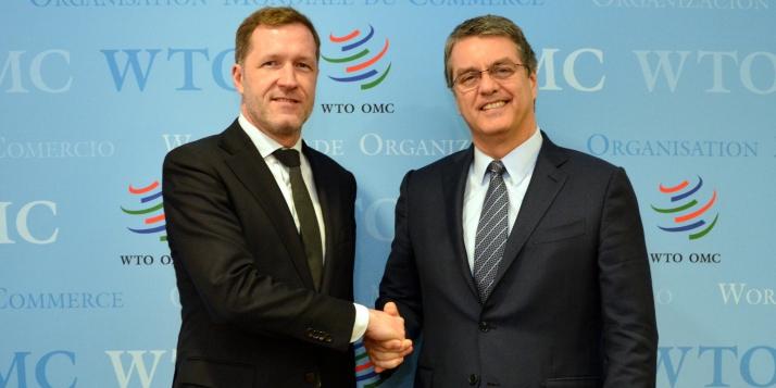Paul Magnette, Ministre-Président de la Wallonie, avec Roberto Azevedo, Directeur général de l'Organisation mondiale du Commerce