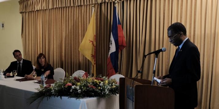 Mr Patrick Van Gheel, Ambassadeur de Belgique à Haïti, Mme Pascale Delcomminette, Administratrice générale de WBI, et Mr Antonio Rodrigue, Ministre des Affaires étrangères et des Cultes de la République d'Haïti