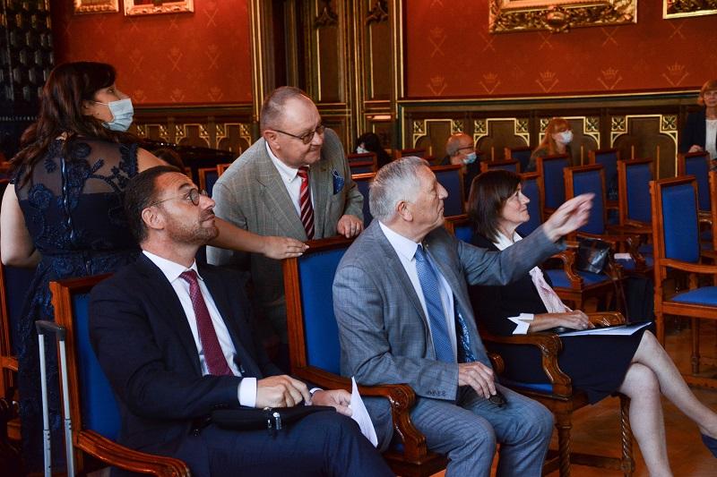 Le Train des Mémoires, Jean-Charles Luperto à droite, Dorota Malec et au milieu Jacques Krabal. Derrière Marci Eckstein (c) Université Jagellonne