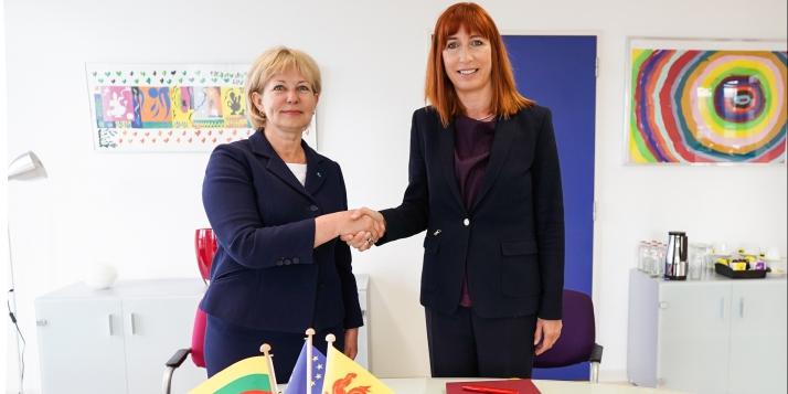Jolanta Balčiūnienė, Directrice du Département des pays européens du Ministère des Affaires étrangères de la République de Lituanie et Pascale Delcomminette, Administratrice générale de WBI et de l'AWEX    - cliquer pour agrandir