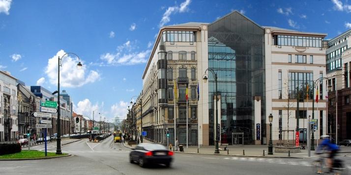 Bâtiment Espace International Wallonie-Bruxelles - Place Sainctelette - cliquer pour agrandir