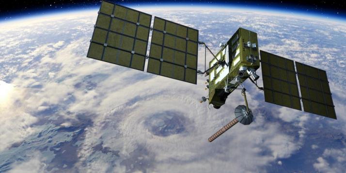satellite dans l'espace - cliquer pour agrandir