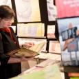 La Ministre de la Culture FWB A. Greoli visite les stands des éditeurs de Wallonie-Bruxelles - cliquer pour agrandir