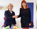 Jolanta Balčiūnienė, Directrice du Département des pays européens du Ministère des Affaires étrangères de la République de Lituanie et Pascale Delcomminette, Administratrice générale de WBI et de l'AWEX